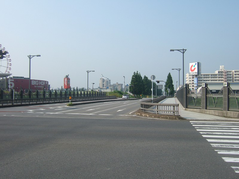 タウン   千葉ニュータウンオン...